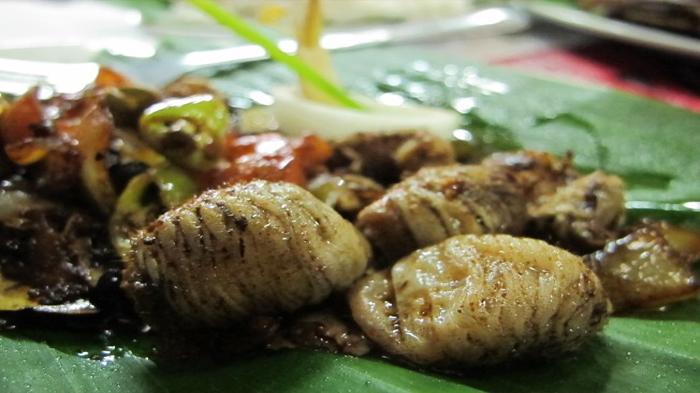 Andrew Zimmerm Features Philippines in Bizarre Foods